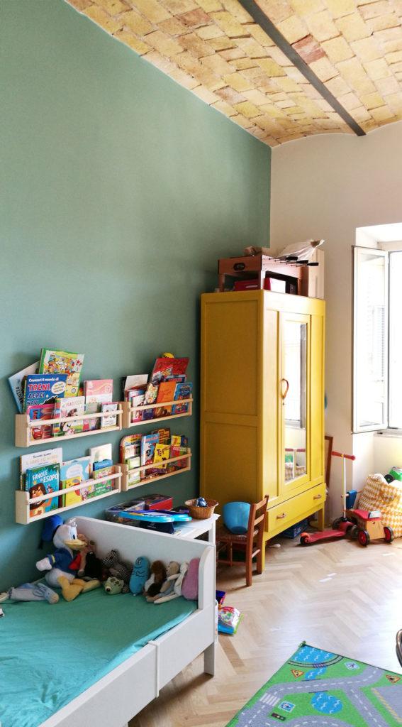 sara-ranieri-architecte-enfants-chambre-jaune-placard
